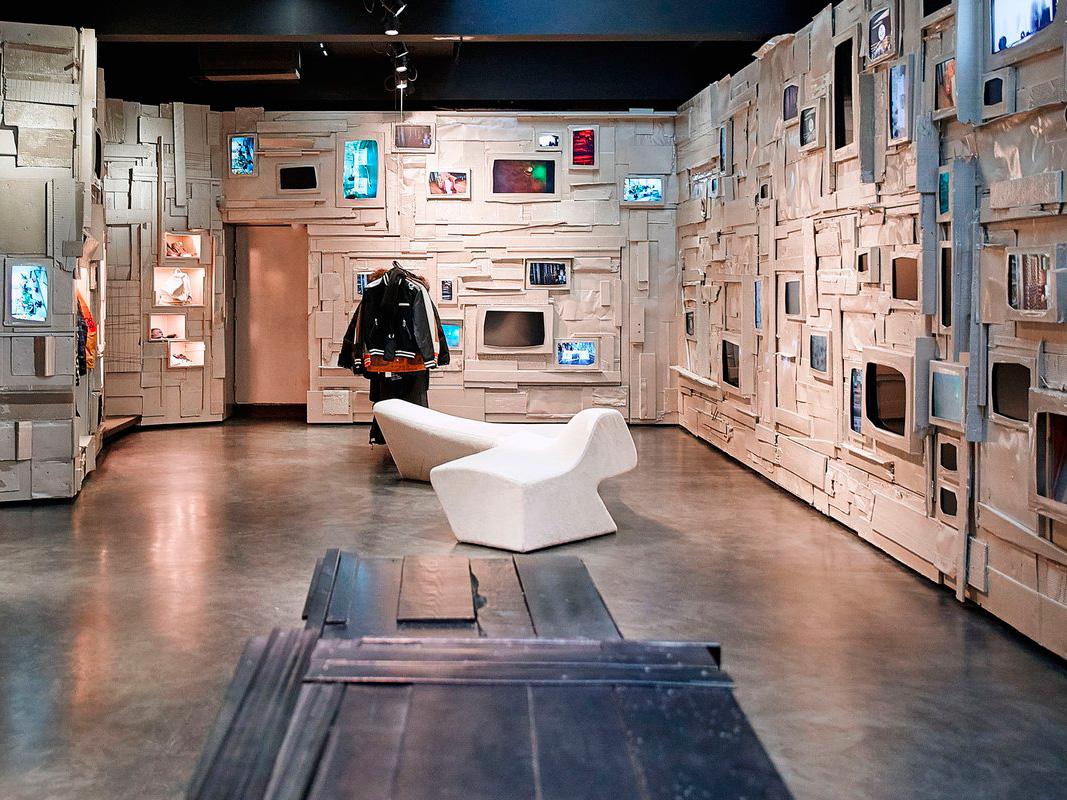 Interior de L'Eclaireur.