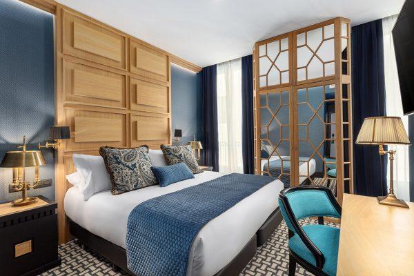 Hotel Room Mate Alba, a medical hotel of Kike Sarasola.