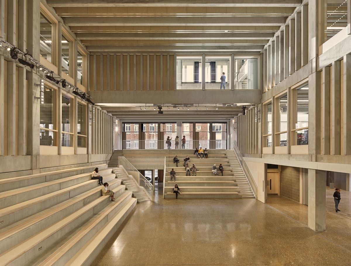 Edificio Town House Building de la Universidad de Kingston, Londres.