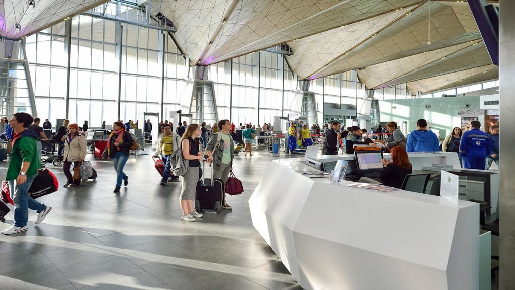 Aeropuerto Pulkovo Krion-Porcelanosa