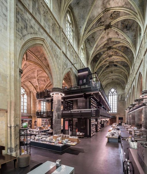 Librería-Selexyz-Dominicanen-Boekhandel-en-Maastricht,-Países-Bajos