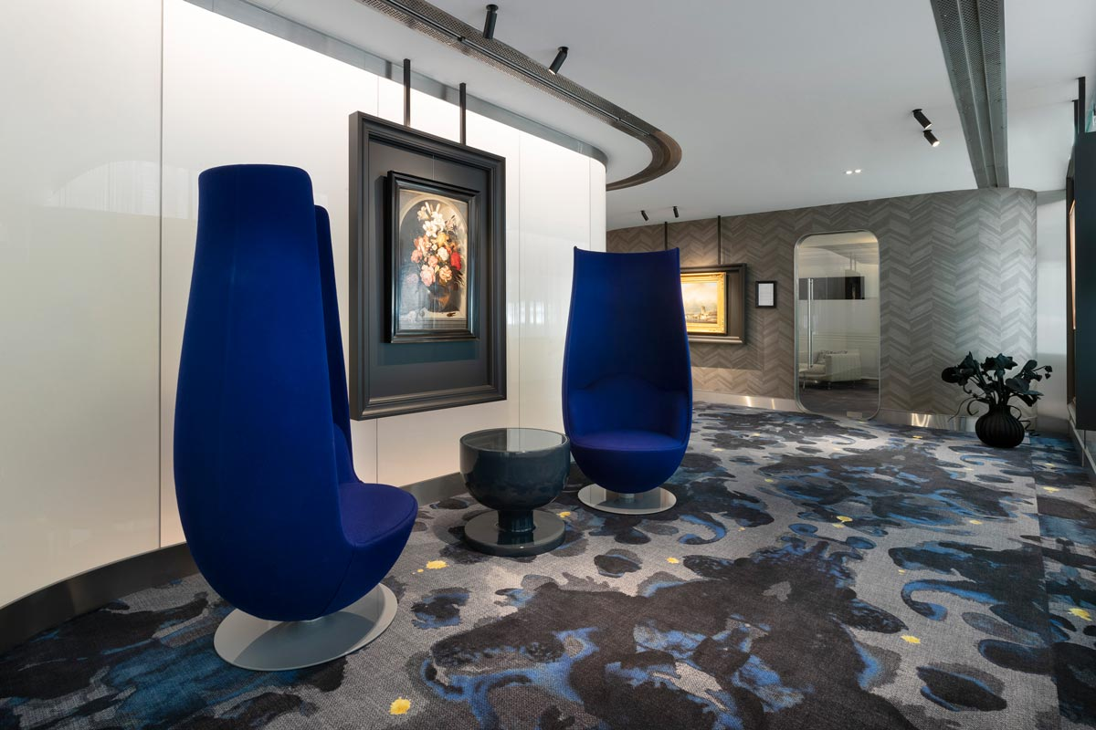 Hall de la sala VIP del aeropuerto Ámsterdam-Schipol, diseñado por Marcel Wanders.