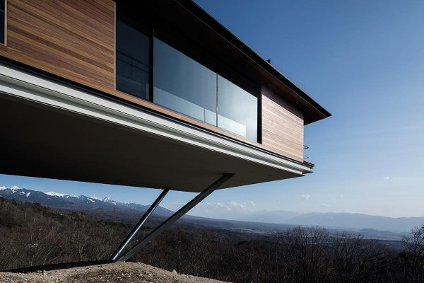 The viewpoint in the refuge devised by Kidosaki Architects in the Yatsugatake Mountains, Honshu, Japan. Photos by Phaidon.