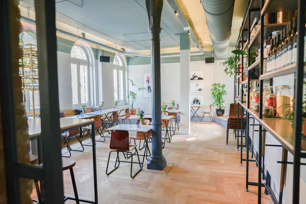 Restaurante-Instock,-adscrito-al-movimiento-upcycled