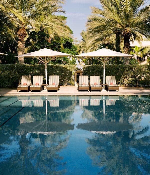 Vista de la piscina del hotel Jumeirah Dar Al Masyaf.