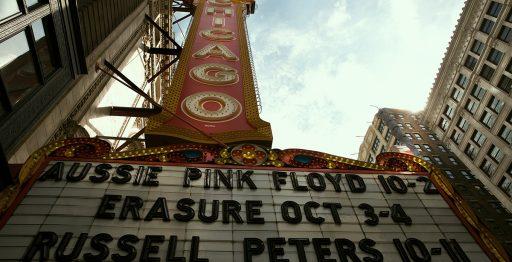 Chicago Theatre, inaugurado en 1921, un edificio que simboliza la arquitectura de la ciudad a principios del siglo XX (00016)